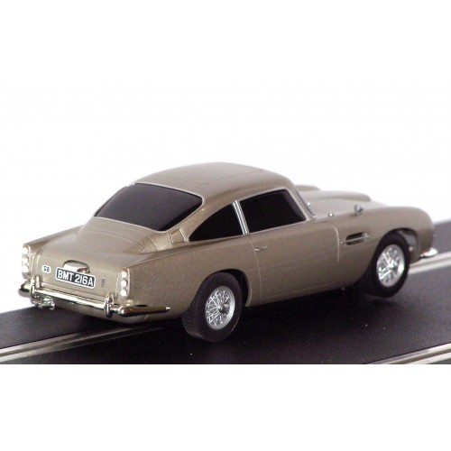SCALEXTRIC James Bond 007 ASTON MARTIN DB5 C1254