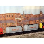 HORNBY Rake of TWO TOTAL Tankers
