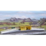 HORNBY Station Halt including Platforms, Shelter, People and Accessories R590